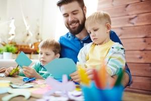 m glichkeiten der kinderbetreuung im vergleich beste kfz. Black Bedroom Furniture Sets. Home Design Ideas